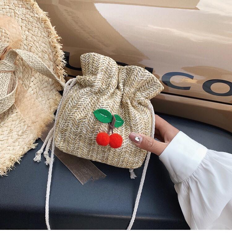 夏天渡假必備熱賣款竹編抽繩設計水桶小包肩側背包小包手機包