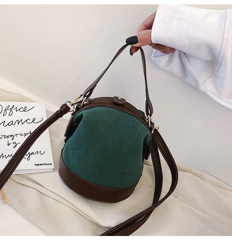 日系復古質感立體圓形水桶造型手提小包磨砂皮革肩側背包斜背可愛雜誌款包包