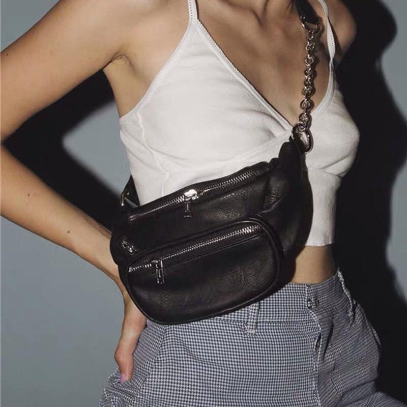 潮流時髦質感軟皮革胸背包腰包個性帥氣出國必備出遊必備手機包小包