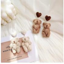 可愛絨毛娃娃造型泰迪熊愛心耳釘耳環韓國熊熊設計款夾式耳環