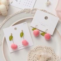 粉嫩的水蜜桃造型耳環長形水果耳釘耳環可愛甜美夾式耳環