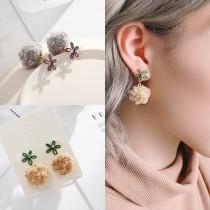 秋冬熱賣款毛球造型小花耳釘手工設計款耳釘耳環氣質百搭可愛耳環