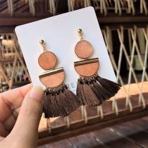 韓國設計款大地色系木頭材質幾何圖形流蘇造型耳環