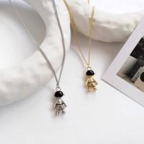 精緻可愛立體太空人墬飾造型短項鍊頸項鍊百搭金屬項鍊