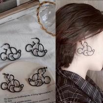 韓國米奇米妮縷空金屬線條耳環夾式耳環卡通大圈圈耳環