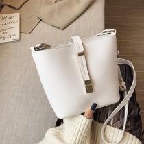 韓國金屬復古磁釦式開口方形桶包斜背小包肩背女包休閒個性百搭小包