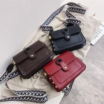 簡約素款雙層方形小包寬版線條特色背帶個性時髦可愛肩側背斜背小包