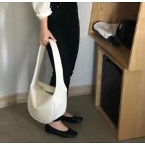 韓版女包春夏新款大容量軟皮手提包寬版背帶單肩休閒包百搭隨性優雅包包水餃包托特包