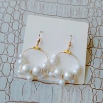 氣質金屬縷空圓形白色珍珠耳環優雅甜美珍珠夾式耳環