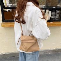 韓國造型大開口造型肩側背包可愛水餃小包女包素面個性包包