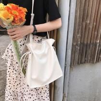 韓國簡約素色抽繩束口方形肩背包大容量肩背包側背包文青百搭女包