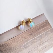迷你小巧可愛燈泡造型耳釘耳環貼耳耳環