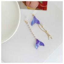 浪漫海洋風長形珍珠魚尾造型耳環金屬線條氣質垂墜夾式耳環