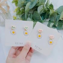 粉嫩色系愛心耳釘荷包蛋造型可愛特色小巧精緻百搭耳環