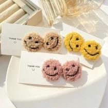 熱賣款圓形微笑羊羔毛造型時髦可愛網紅必備耳釘耳環
