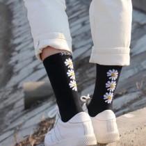 新款GD權志龍字母小雛菊小花花朵中筒高筒長襪韓系可愛潮黑色棉襪子男襪女襪