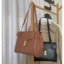 韓國熱賣款優雅氣質雙背帶肩背鎖扣翻蓋包隔層立體簡約百搭實用女包