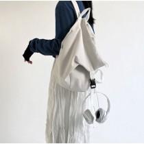 黑白帆布不規則後背包大容量俐落率性百搭雙肩背背包設計款後背包