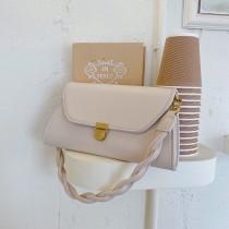 優雅名媛風格編織肩背女包設計手拿硬版小包復古鏈帶側背斜背女包