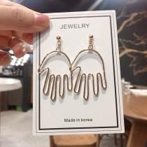 簡約金屬簍空手掌輪廓耳環造型垂墜耳環飾品