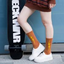 俏皮可愛閃電圖潮流中筒襪百搭個性帥氣男襪女襪