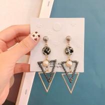 毛料耳釘幾何圖形三角形珍珠造型長型耳環party宴會必備
