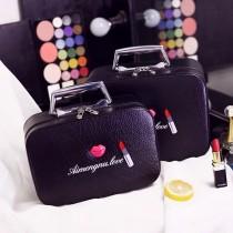 Musi創意玩星球嘴唇口紅大小化妝包收納包手提方變硬殼化妝箱