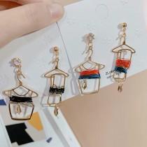 韓國金屬衣架造型創意耳環可愛KUSO耳釘垂墜飾品