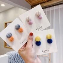 韓國小巧精緻可愛絨布耳釘毛料立體毛球貼耳耳環