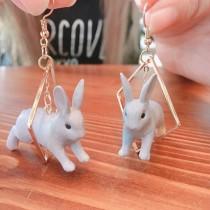 韓國立體兔子菱形金屬俏皮手作設計耳環垂掛飾品