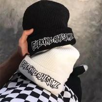 潮流英文字黑白經典冷帽毛帽無球毛帽保暖造型個性白搭毛帽