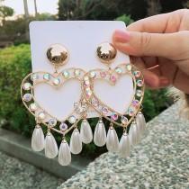 誇張華麗縷空愛心珍珠白鑽造型耳釘耳環垂墜耳環