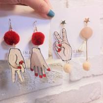 可愛創意徽章式剪刀石頭布不對稱造型耳環手作垂墜飾品
