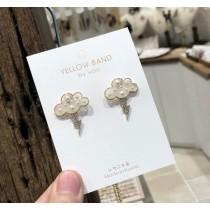 韓國可愛雲朵閃電造型鑽鑽耳釘耳環白色珍珠氣質精緻文青風格耳釘耳環