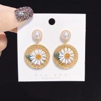 韓國黃色編織圓形造型白色珍珠耳釘耳環白色立體小雛菊幾何圖形夾式耳環